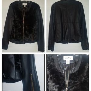 Daytrip Faux Fur Jacket Med (NWOT)